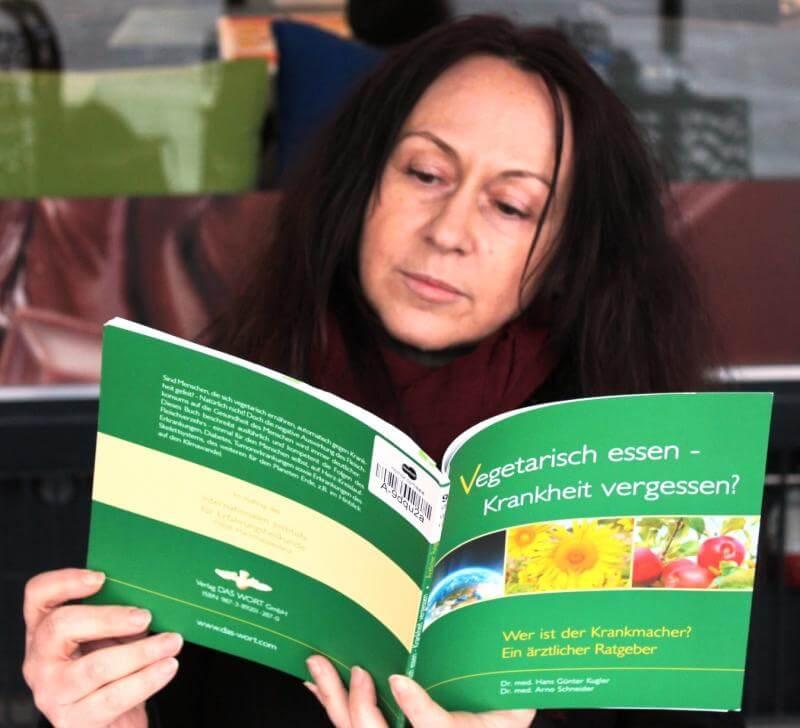 Buch: Vegetarisch essen - Krankheit vergessen?